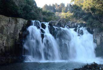 九州關之尾瀑布
