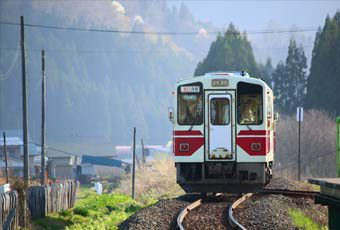 日本東北秋田內陸縱貫鐵道