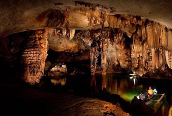 巴拉望鐘乳石洞探險