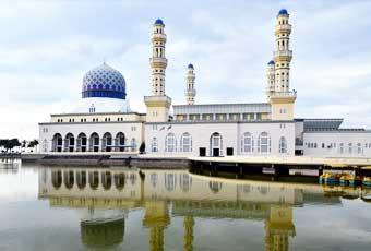 沙巴水上清真寺