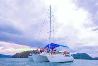 蘭卡威夕陽帆船浪漫遊