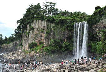 濟州島正房瀑布