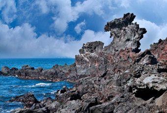 濟州島龍頭岩