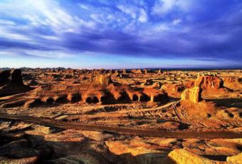 新疆五堡魔鬼城