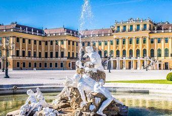 奧地利旅遊熊布朗宮