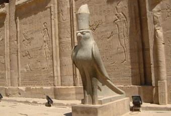 埃及旅遊艾德福神殿