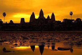 吳哥窟巴肯山Phnom Bakeng夕照