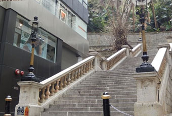香港爹都利街石階及煤氣燈