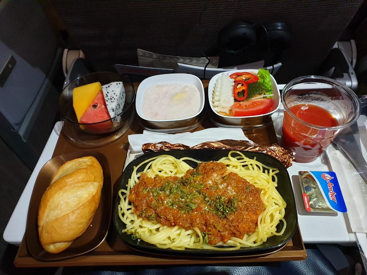 星宇航空機上餐