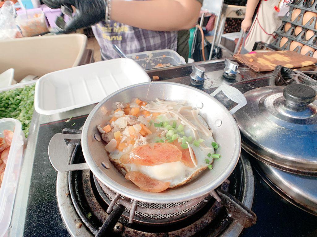 泰國清邁道地傳統小吃-開尬踏-jingjaimarket