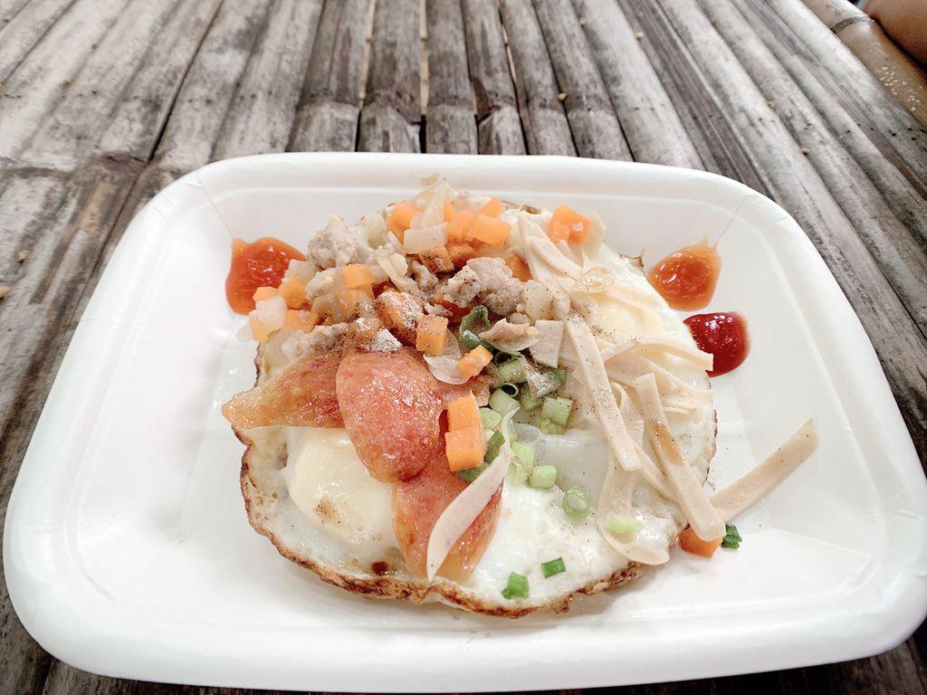 泰國清邁jingjaimarket道地傳統小吃-開尬踏