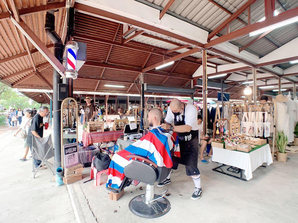 泰國清邁jingjaimarket-理髮廳