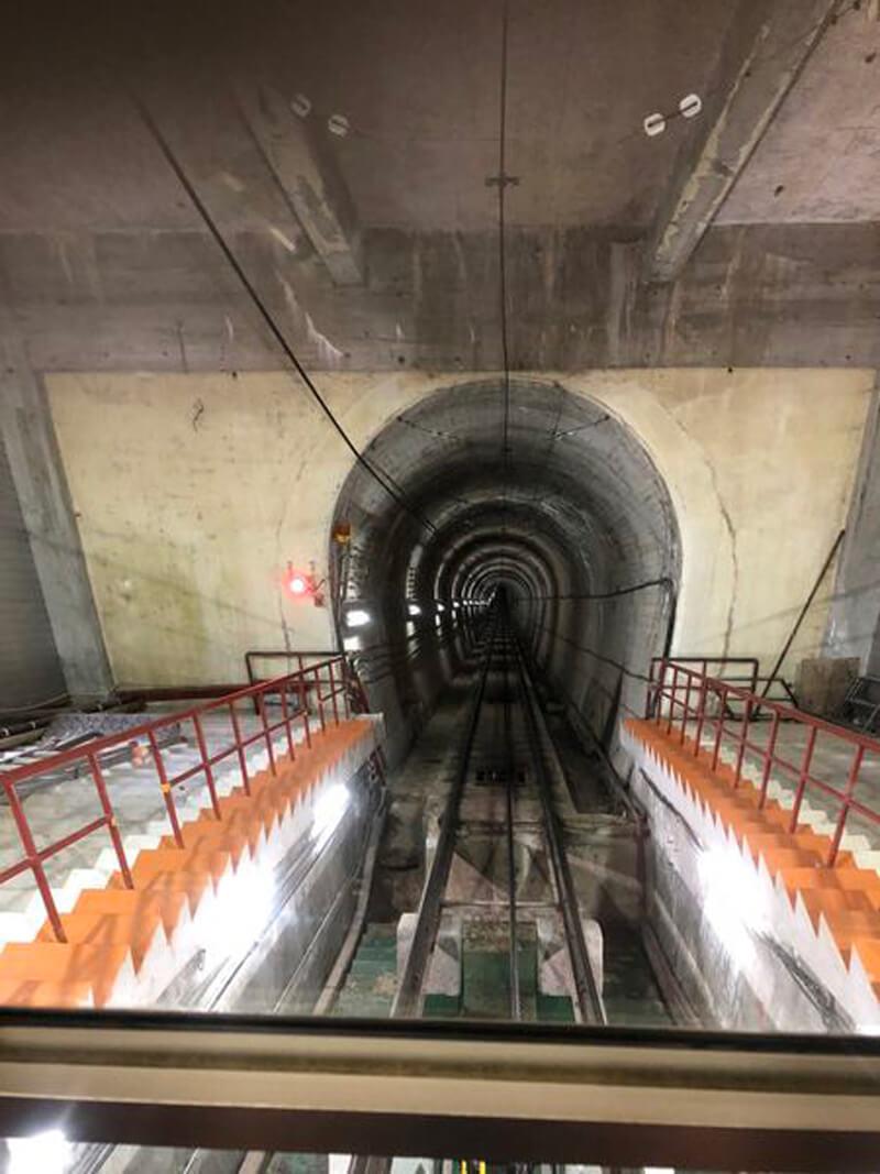 黑部立山(立山黑部)隧道就是黑部湖