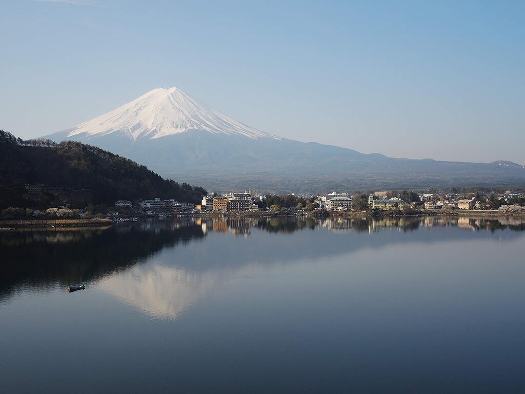 河口湖的倒影富士