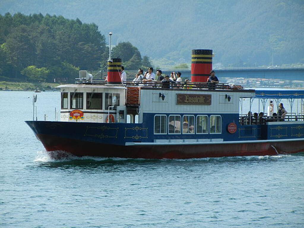 河口湖遊覧船