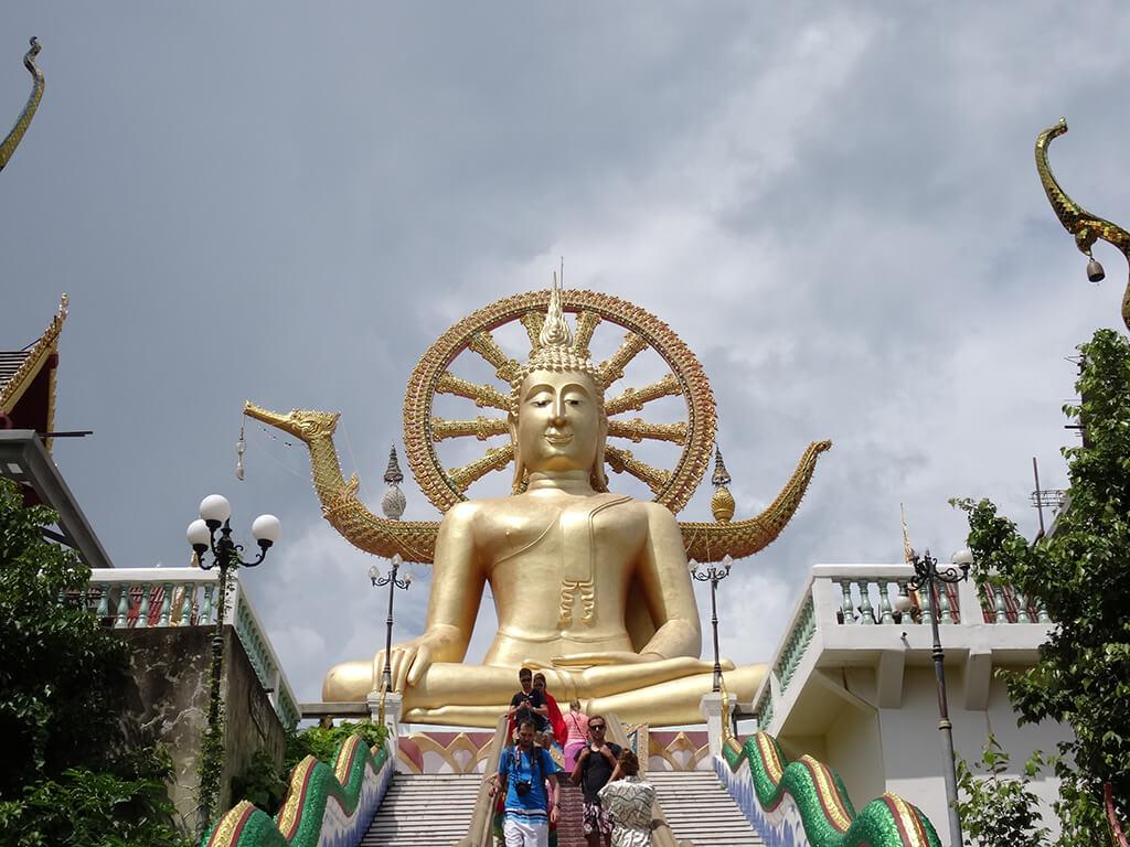富貴大佛又稱大佛寺,而他的本名應該是「菩亞寺」
